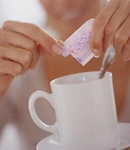 Η ζαχαρίνη παχαίνει περισσότερο από τη ζάχαρη…