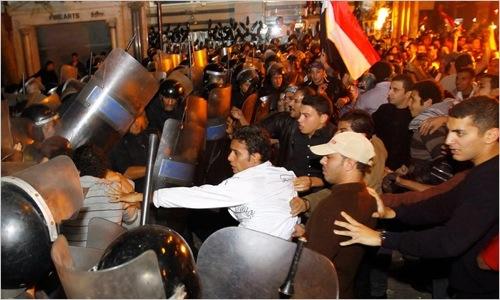 Δεν παραιτείται από την ηγεσία ο Μουμπάρακ