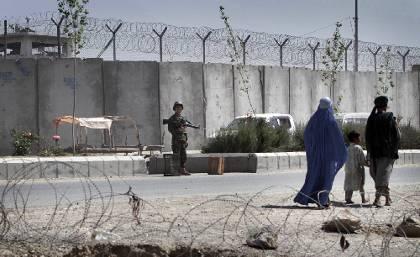 Εκατοντάδες κρατούμενοι δραπέτευσαν από φυλακή του Αφγανιστάν