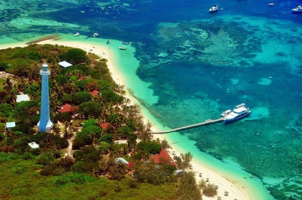 Φάρος δεσπόζει σε εξωτικό νησάκι! – ΡΕΘΕΜΝΟΣ ΕΦΗΜΕΡΙΔΑ  ΡΕΘΥΜΝΟ ΝΕΑ ... 200499bd407