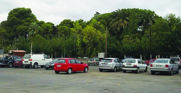 Σε ιδιώτη η εκμίσθωση του πάρκινγκ των 4ων Μαρτύρων