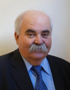 Γ .Σταράκης: Έναν δικαστή Πολυζωίδη ζητούν οι ψυχές χιλιάδων δολοφονηθέντων Starakis-234x300