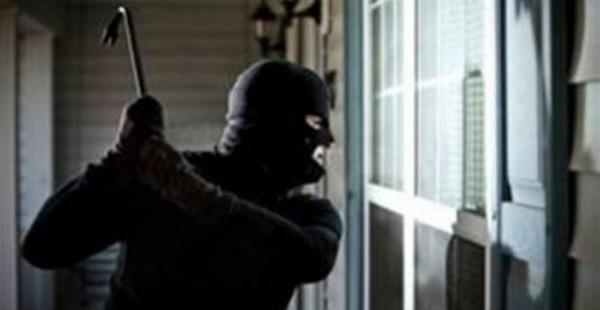 Ρέθυμνο: «Μπούκαραν» στο σπίτι και λήστεψαν τους ηλικιωμένους!