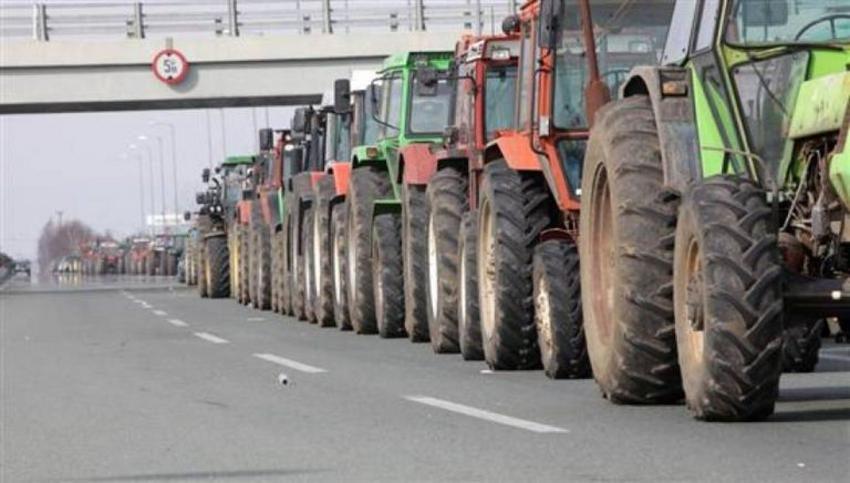 Ετοιμάζονται για τα μπλόκα οι αγρότες