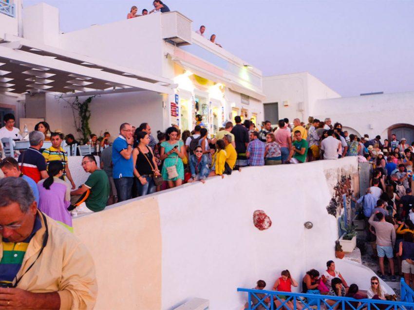«Εκτόξευση» της Ελλάδας το 2017 πέρα από κάθε προηγούμενο