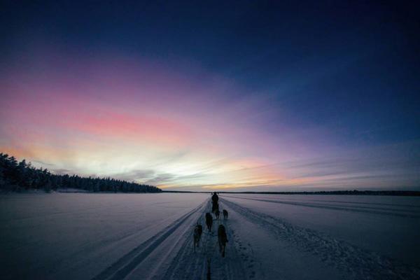 Μαγευτικές φωτογραφίες από την κατάλευκη Φινλανδία