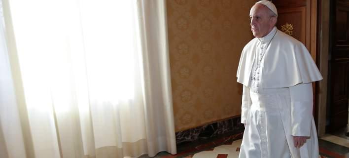 Πάπας Φραγκίσκος: Ο λαϊκισμός που δημιουργεί η κρίση οδηγεί σε «σωτήρες» σαν τον Χίτλερ