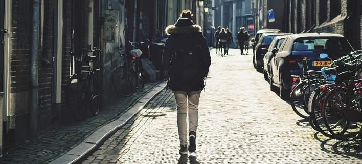 Ο τρόπος βαδίσματος κάθε ανθρώπου θα λειτουργεί ως password για το κινητό