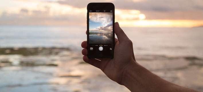 Ανάλυση DNA μέσω κινητού τηλεφώνου – Του προσαρμόζουν μικροσκοπική συσκευή