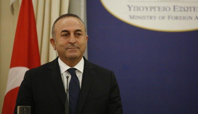 Τσαβούσογλου κατά ΕΕ: Τα τουρκικά στρατεύματα πρέπει να παραμείνουν στην Κύπρο