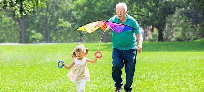 Παππούς και γιαγιά. Ποιος είναι ο ρόλος τους στο μεγάλωμα των παιδιών;