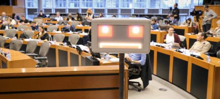 Τα ρομπότ στο Ευρωκοινοβούλιο – Συζητά ρυθμίσεις για τη χρήση τους
