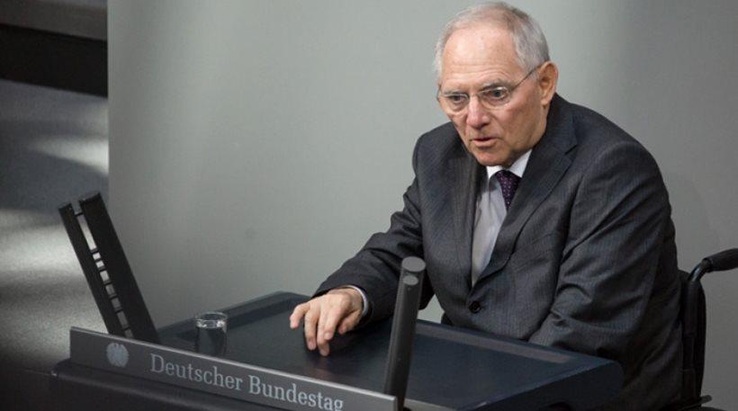 Ο Σόιμπλε ενώπιον των Γερμανών βουλευτών για το σκάνδαλο με τα μερίσματα – Αποποιείται την ευθύνη