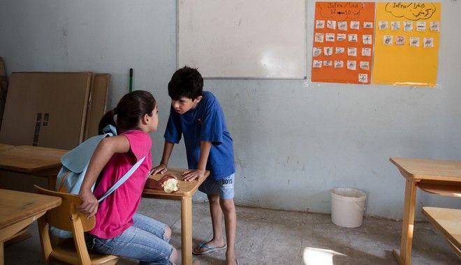 Αύξηση αυτοτραυματισμών και κατάθλιψης στα παιδιά προσφύγων