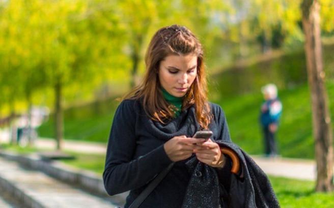 Τα κινητά οδήγησαν στο θάνατο 6.000 ανθρώπους στις ΗΠΑ