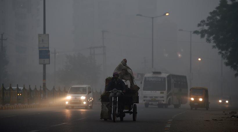 Μέχρι το 2030 στην Ινδία θα κυκλοφορούν μόνο ηλεκτρικά αυτοκίνητα