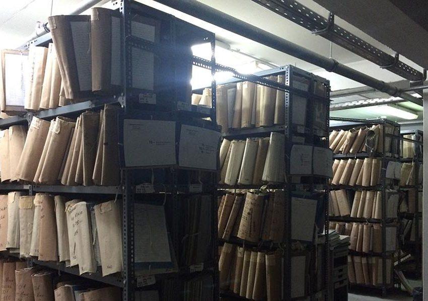 Στο εσωτερικό του ΔΟΑΤΑΠ: Χιλιάδες φάκελοι, ξεχασμένες αιτήσεις και πλαστά πτυχία