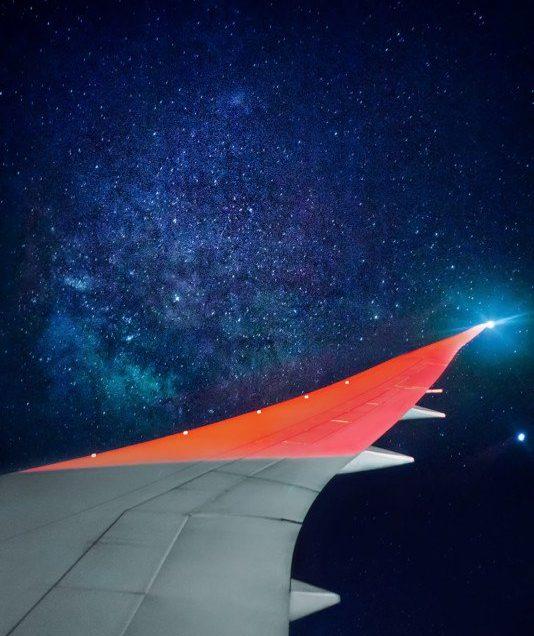 Φωτογράφισε τον Γαλαξία μέσα από το παράθυρο του αεροπλάνου!