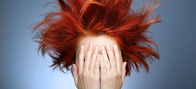 5 συνήθειες που καταστρέφουν τα μαλλιά μας