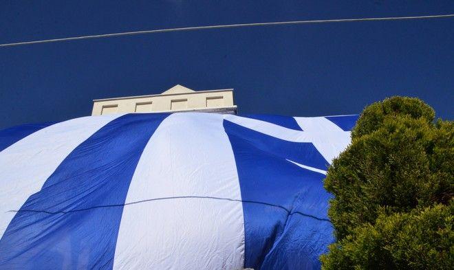 Eurostat για Ελλάδα: (Πάντα) πρώτοι στο χρέος, αλλά με τάσεις μείωσης