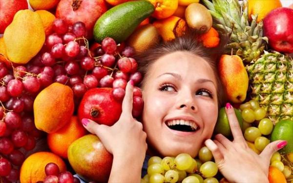 Ποια στιγμή της ημέρας πρέπει να αποφεύγουμε την κατανάλωση φρούτων