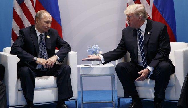'Τα πάμε πολύ καλά' είπε ο Τραμπ για τον Πούτιν