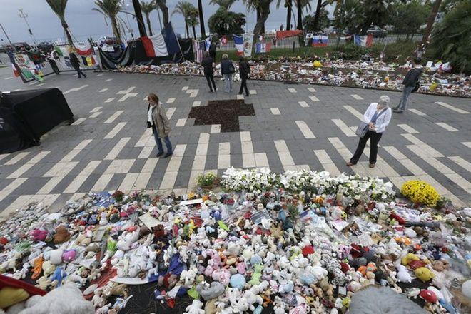 Νίκαια Γαλλίας: Ένας χρόνος μετά το τρομοκρατικό χτύπημα