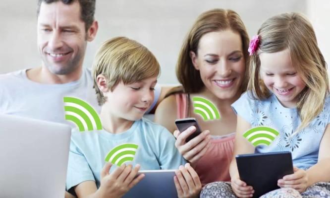 Wi-Fi και παιδιά: Τι ισχύει με την ακτινοβολία – Απαντήσεις στις ανησυχίες σας