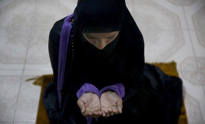 Ινδία: Απαγορεύτηκε το αυτόματο διαζύγιο των μουσουλμάνων