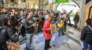 Ρεθεμνιώτικο Καρναβάλι: Παλιές ελληνικές καντάδες μιας άλλης εποχής
